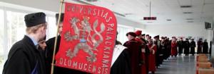 Katedra usiluje o spolupráci se svými absolventy