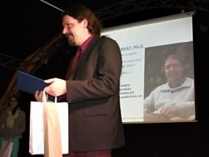 Dr. Charvát oceněn děkanem v soutěži o nejlepší pedagogický výkon